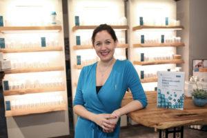 Geschäftsführerin Biogena Stores Julia Ganglbauer (© Biogena/Kathleen Springer Photography