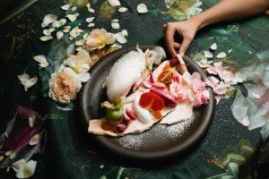 DeliciousPlaces_gestalten_book_food_culture_restaurant_interior_mood_01_2000x