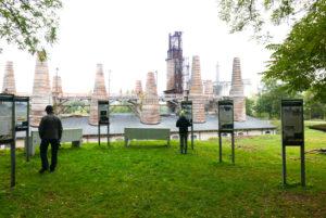 Ruedersdorfer Museumspark, Tafeln vor Schachtofenbatterie Kathedrale des Kalks