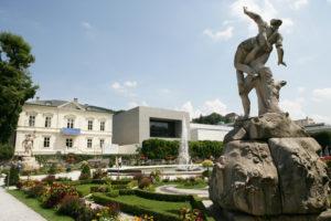 Mirabellgarten, Galerie Ropac und Universität Mozarteum