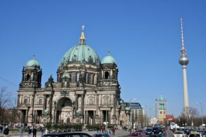 1280px-Berlin_Cathedral_and_TV_tower